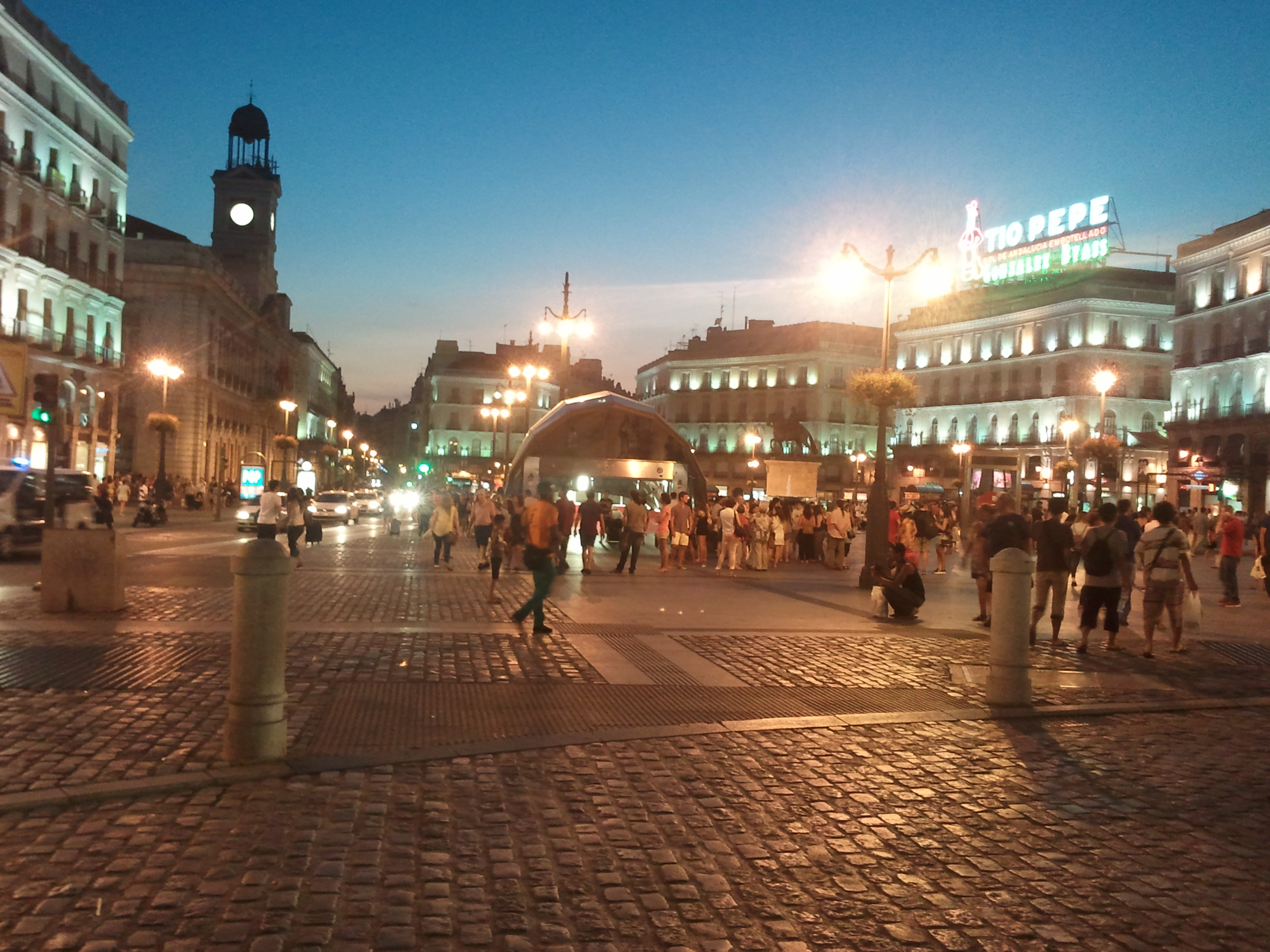 A beautiful Madrid evening at  the Puerta del Sol. (photo credit: Dr. Jim Paluzzi)