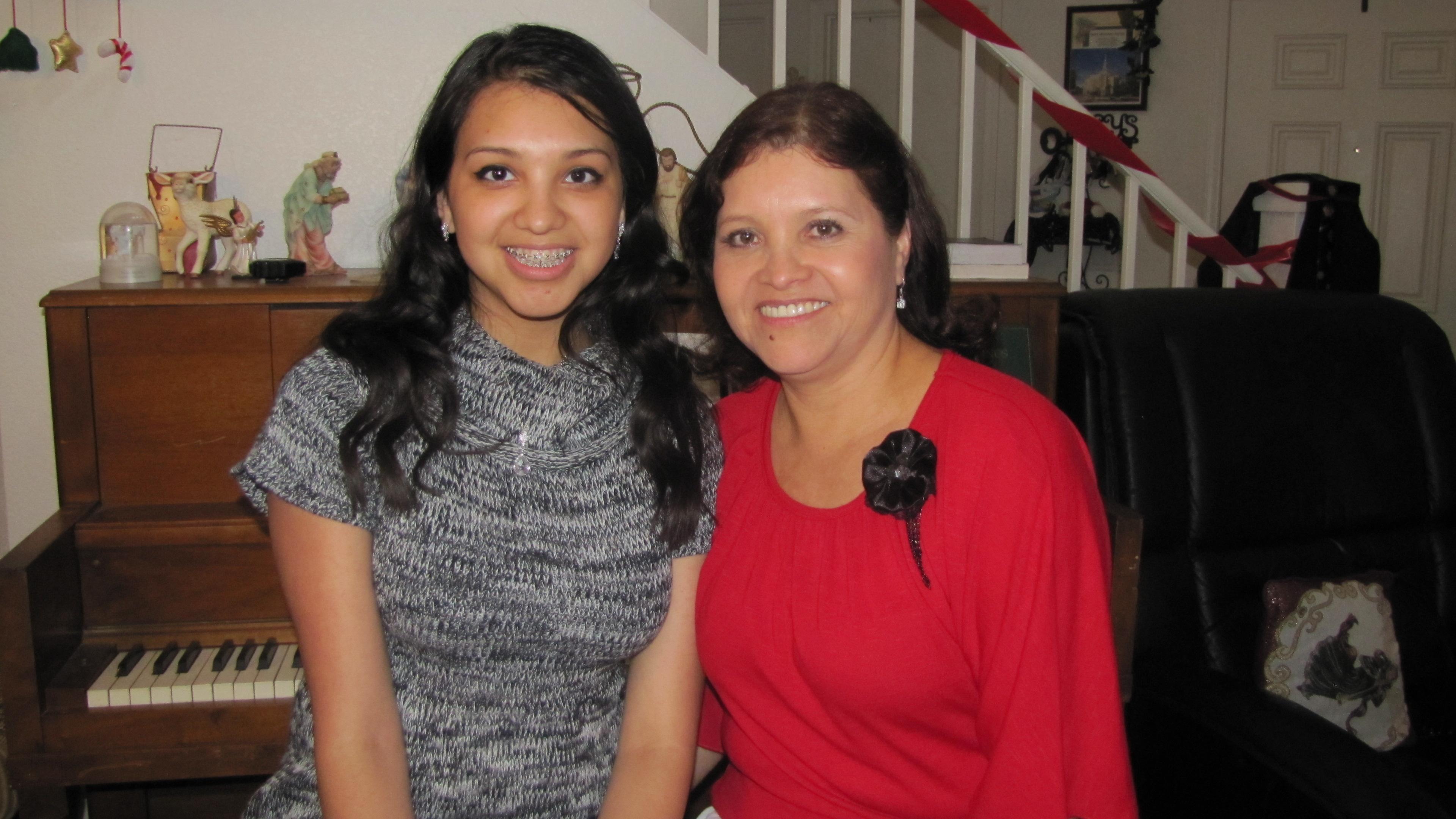 Denica Gonzalez (left) with her mother, Reina.