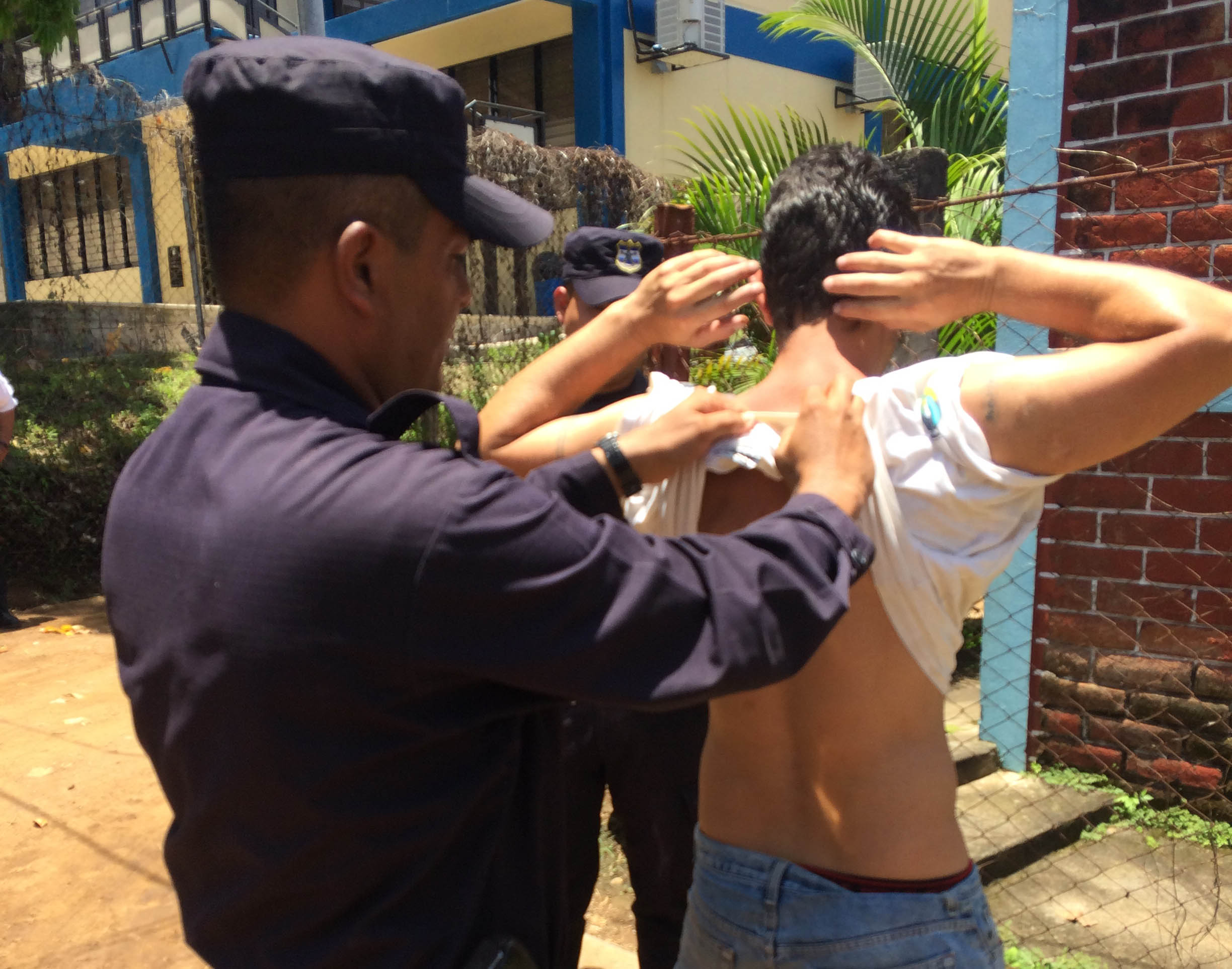 El Salvador Tries To Rein In Crime With Community Policing
