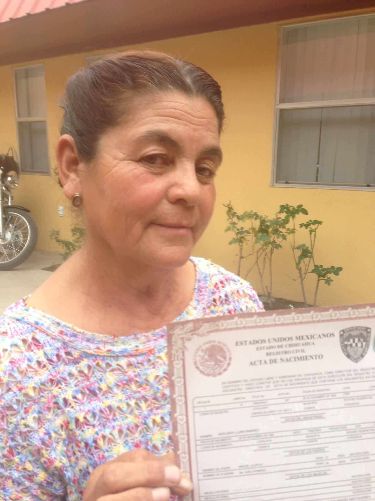 Mexico consulates issue birth certificates to undocumented herlinda aiddatafo Choice Image