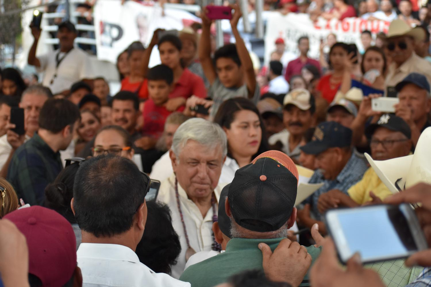 AMLO greets the crowd in Nogales