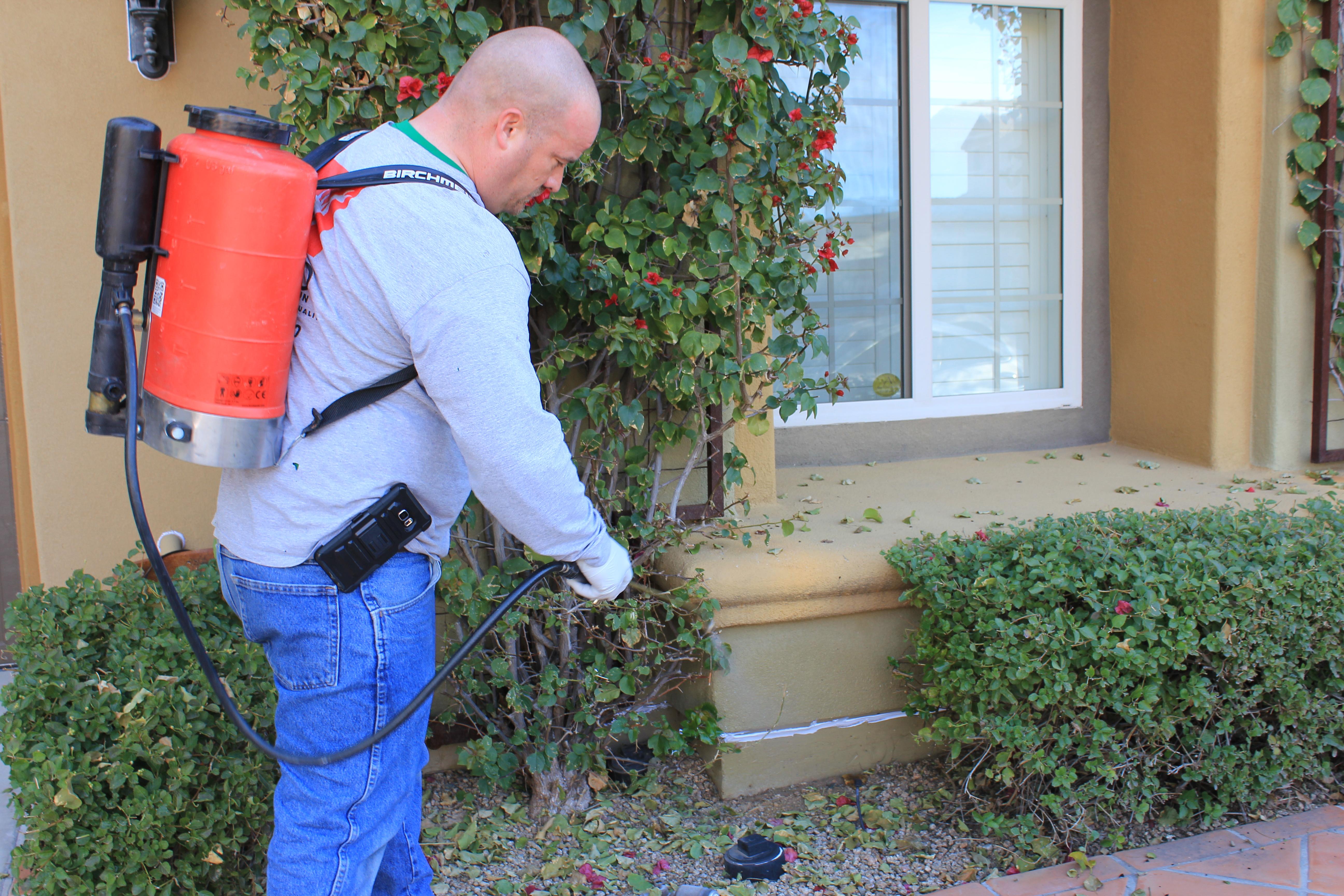 Jerry Cramer apply bug spray