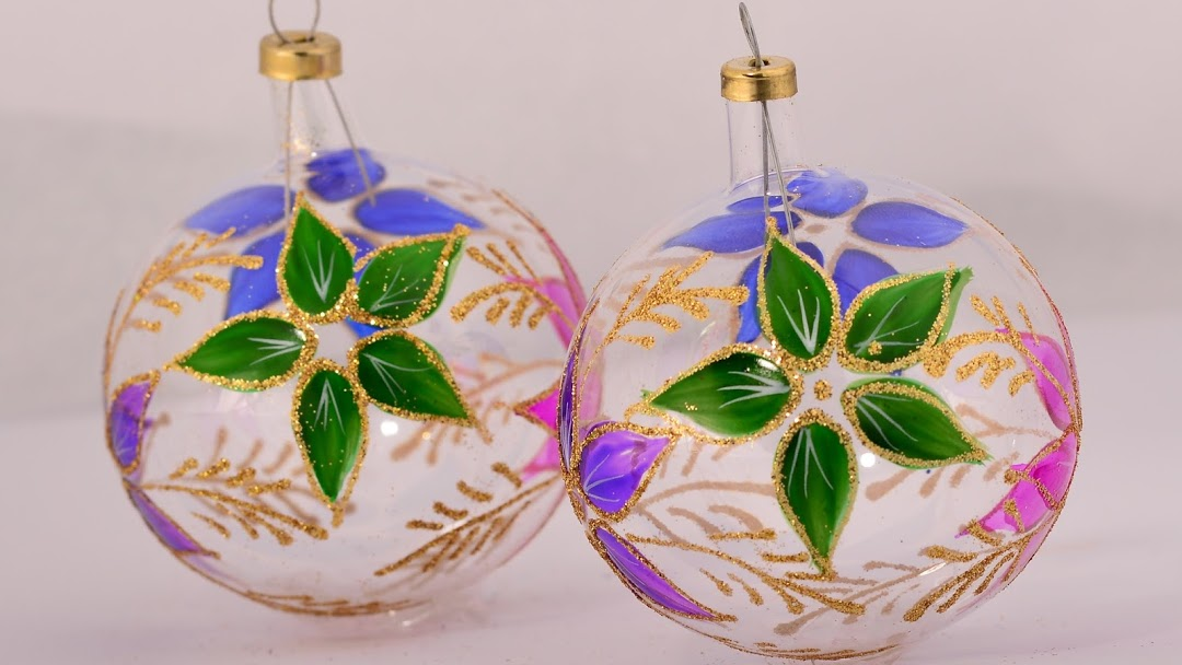 Glass baubles are the signature Christmas ornaments produced in Tlalpujahua