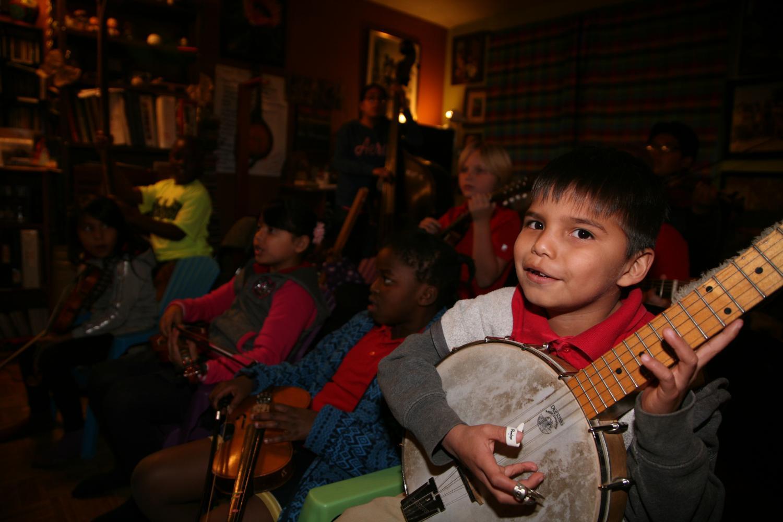 Jam pak band playing