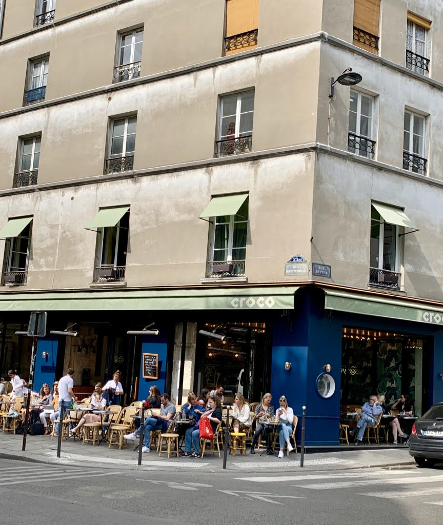 Cafe on street corner in Paris