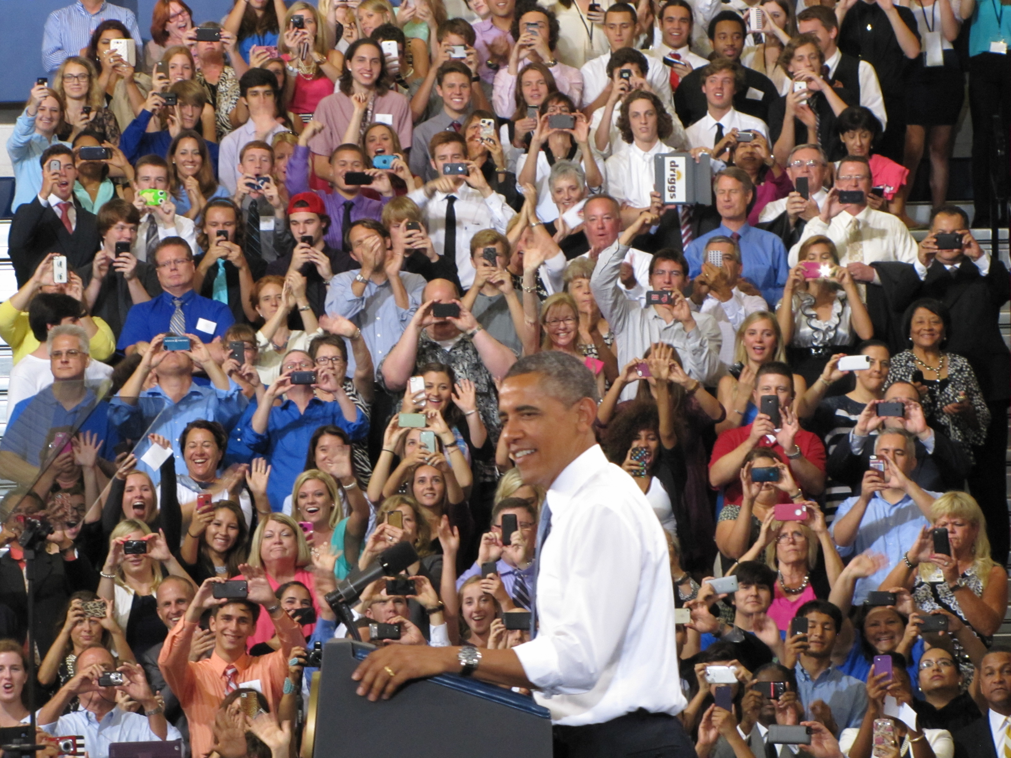 obama visits phoenix, lays out housing plan | kjzz