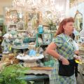 Phoenix Antique Store Limits Hours, Expands Creativity