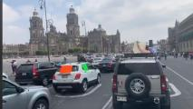 Thousands Rally In Mexico From Their Cars Against Their President