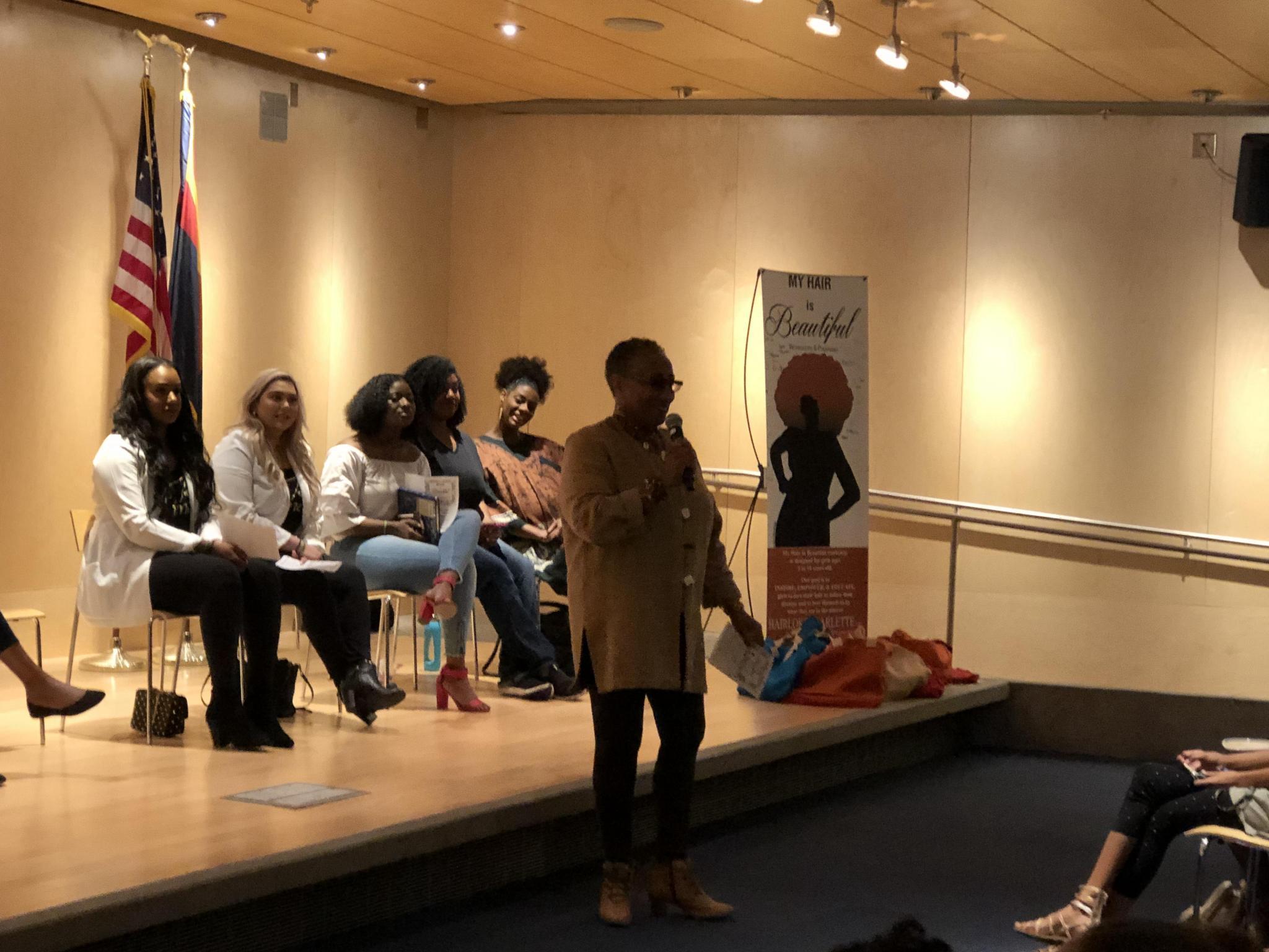 Community storyteller, Fatimah Halim introduces the event.