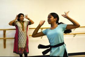 Divya Mohanraj dancing