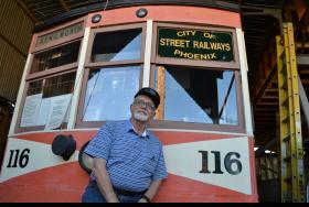 streetcar trolley
