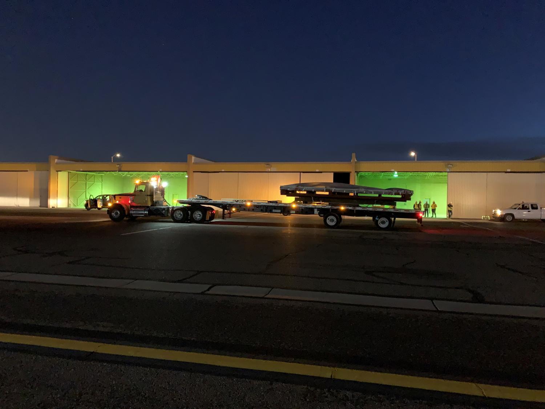 truck moves mural