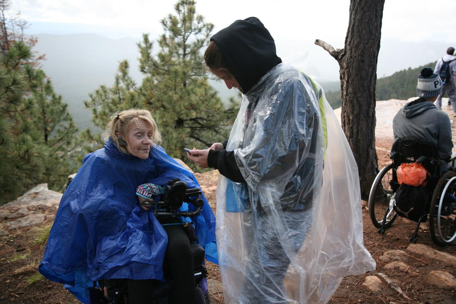 Donna Powers and her aide Kayla Westover at the Mogollon Rim