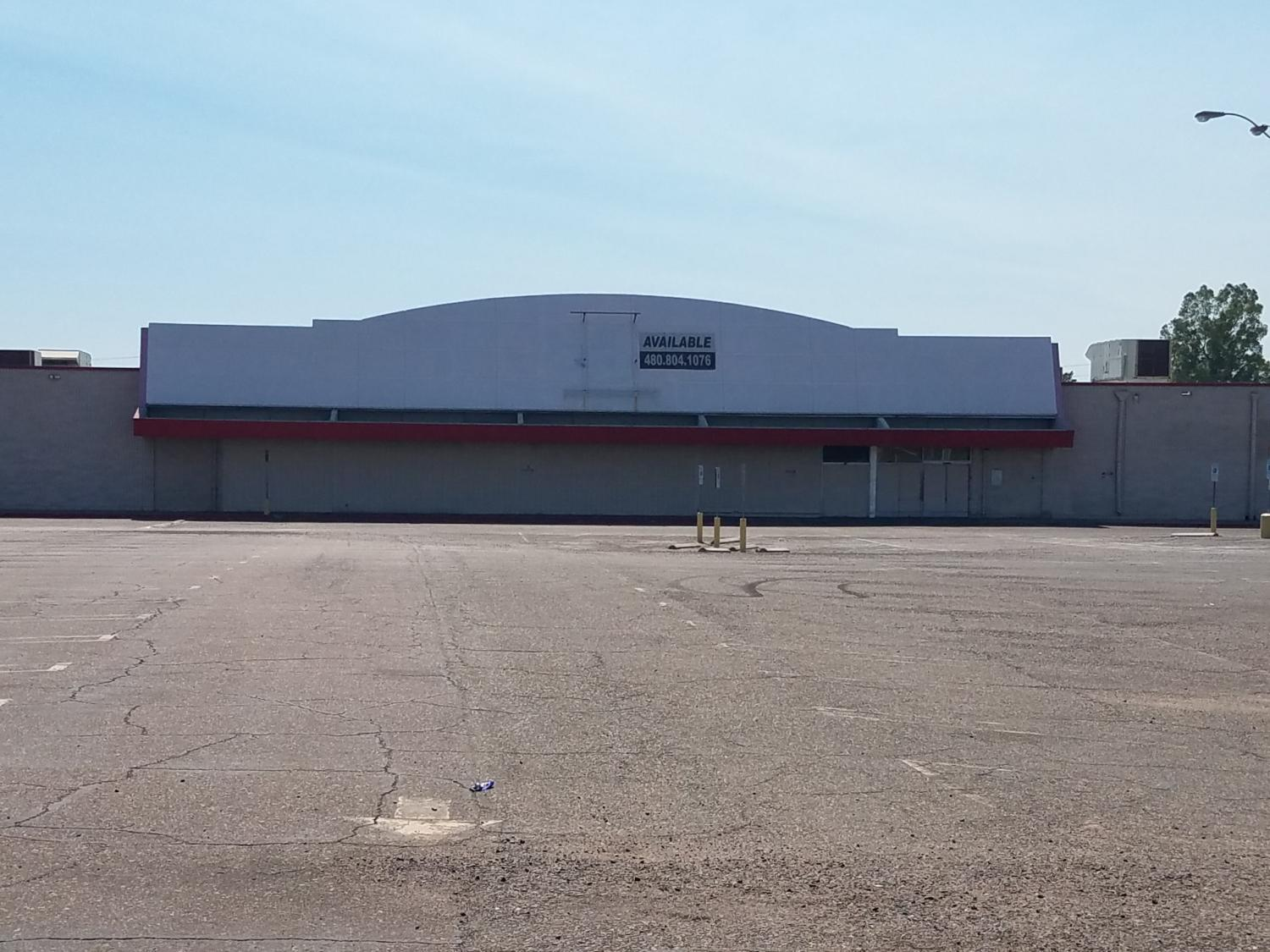 front of vacant kmart building