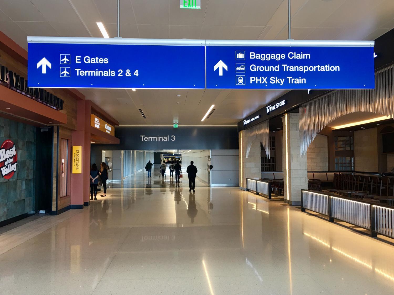 Terminal 3 walkway