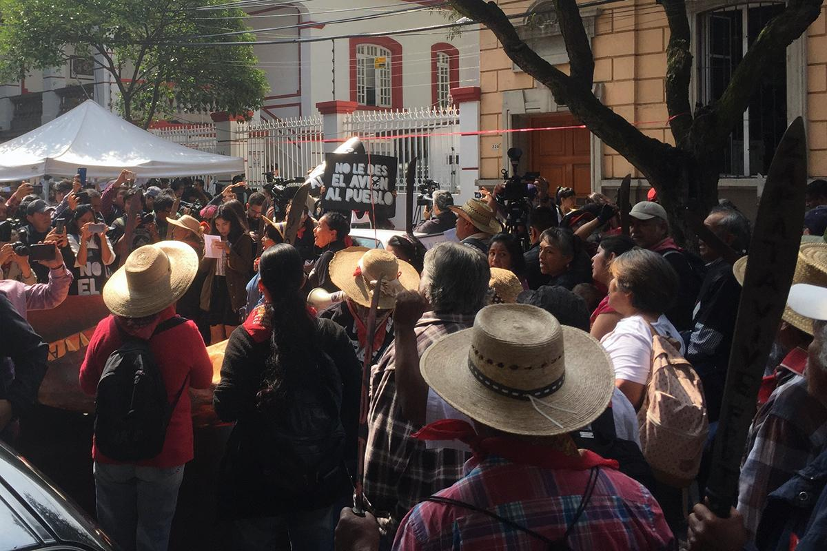 AMLO protesters