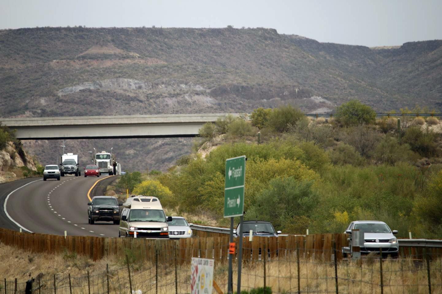 Cars and trucks on I-17