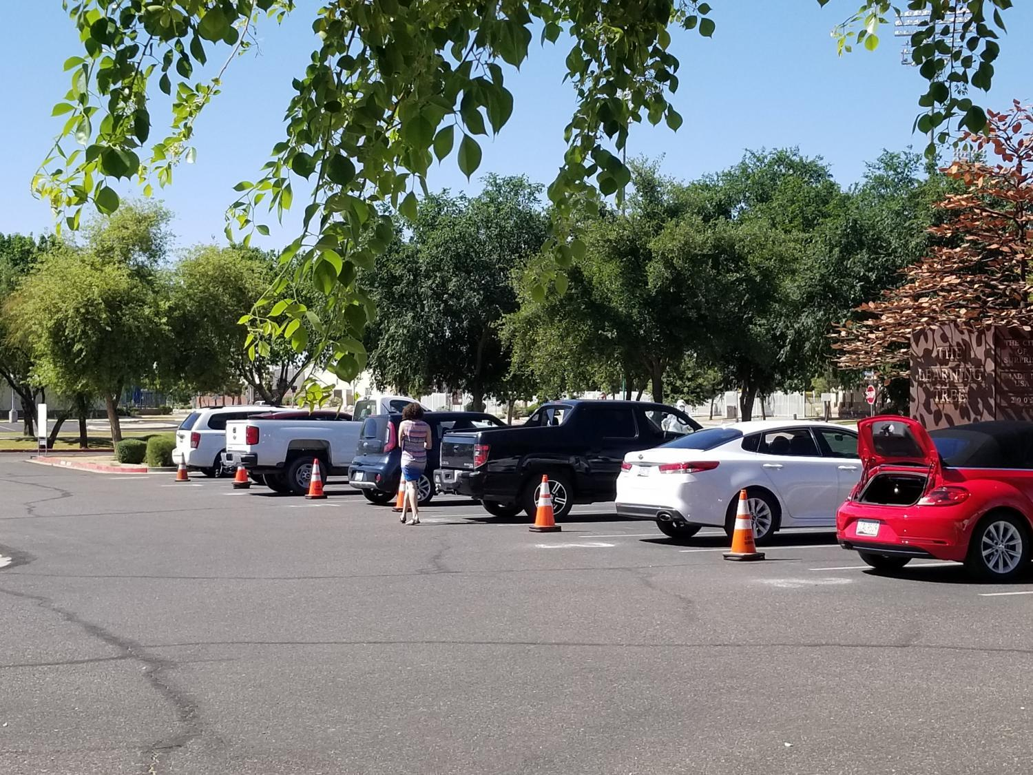 Curbside Service at the Northwest Regional Library in Surprise