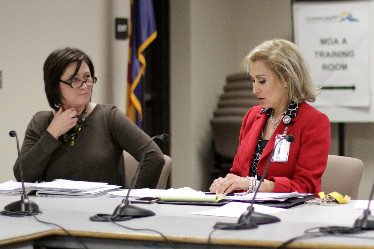 SUSD Governing Board President Barbara Perleberg and Acting Superintendent Amy Fuller.
