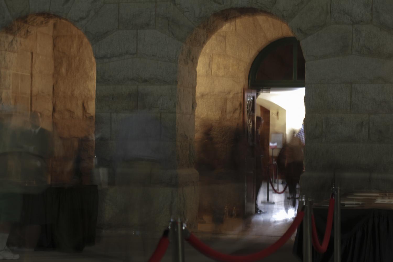 McCain mourners