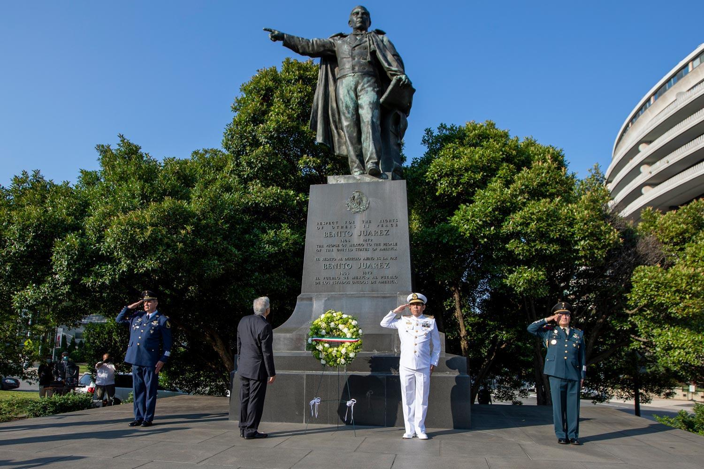 Benito Juárez monument