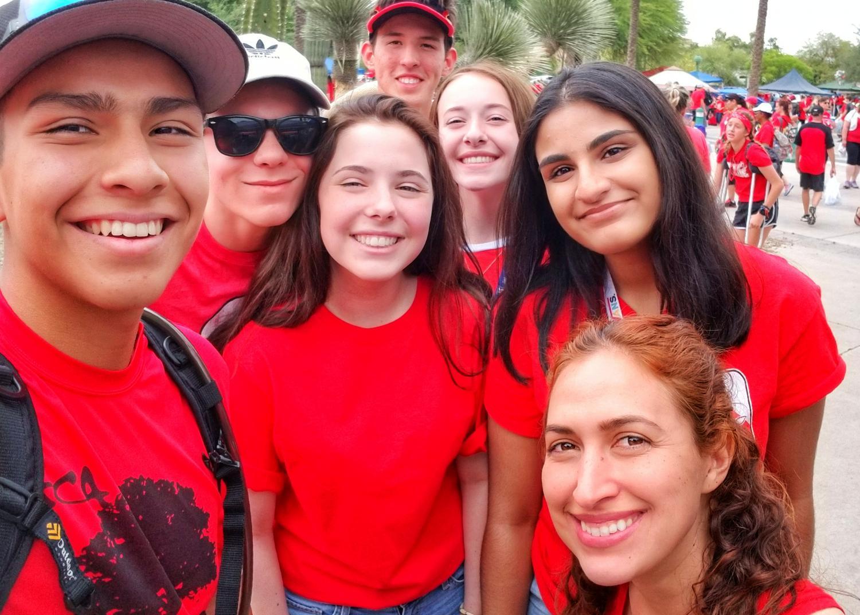 Elise Villescaz and students