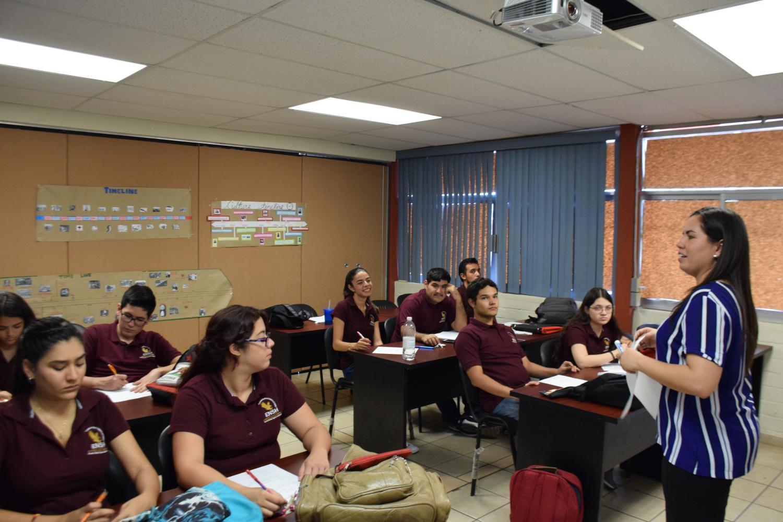Maricela Contreras in class