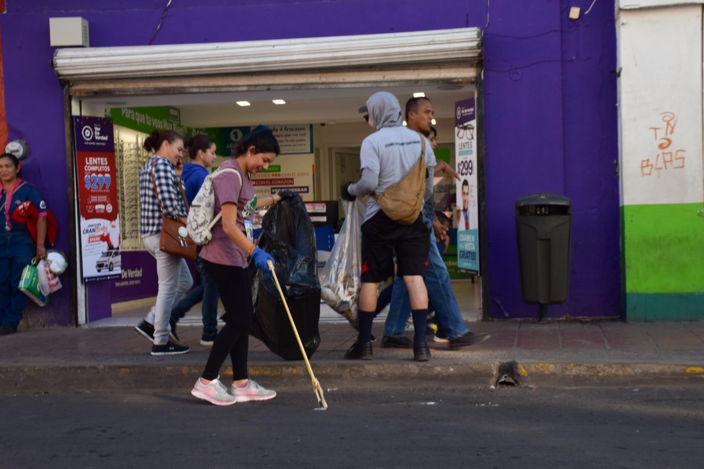 Plogging on the streets of Hermosillo