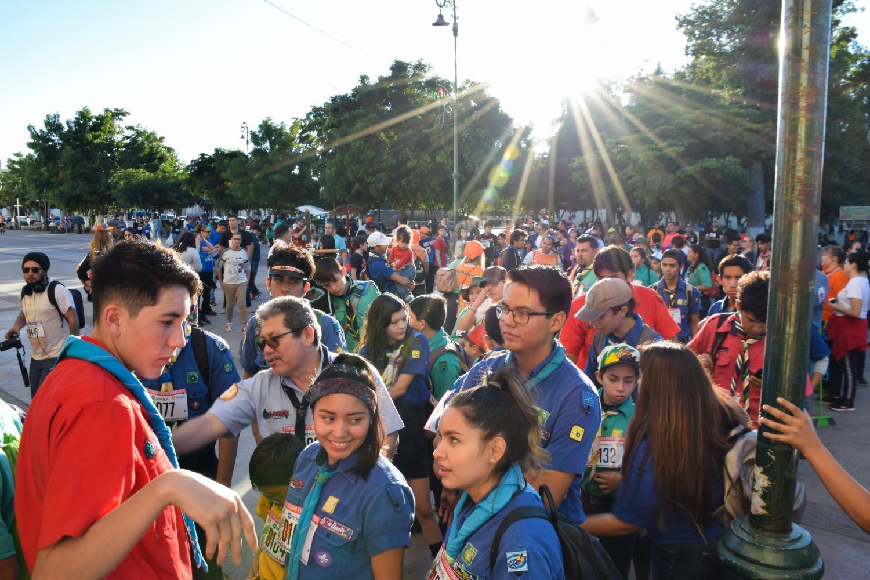 Plogging Hermosillo scouts