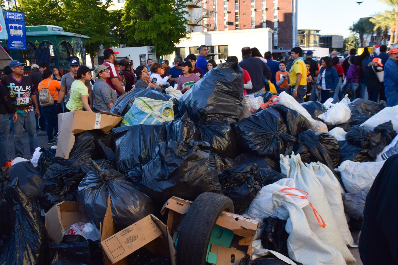 trash plogging Hermosillo, Sonora