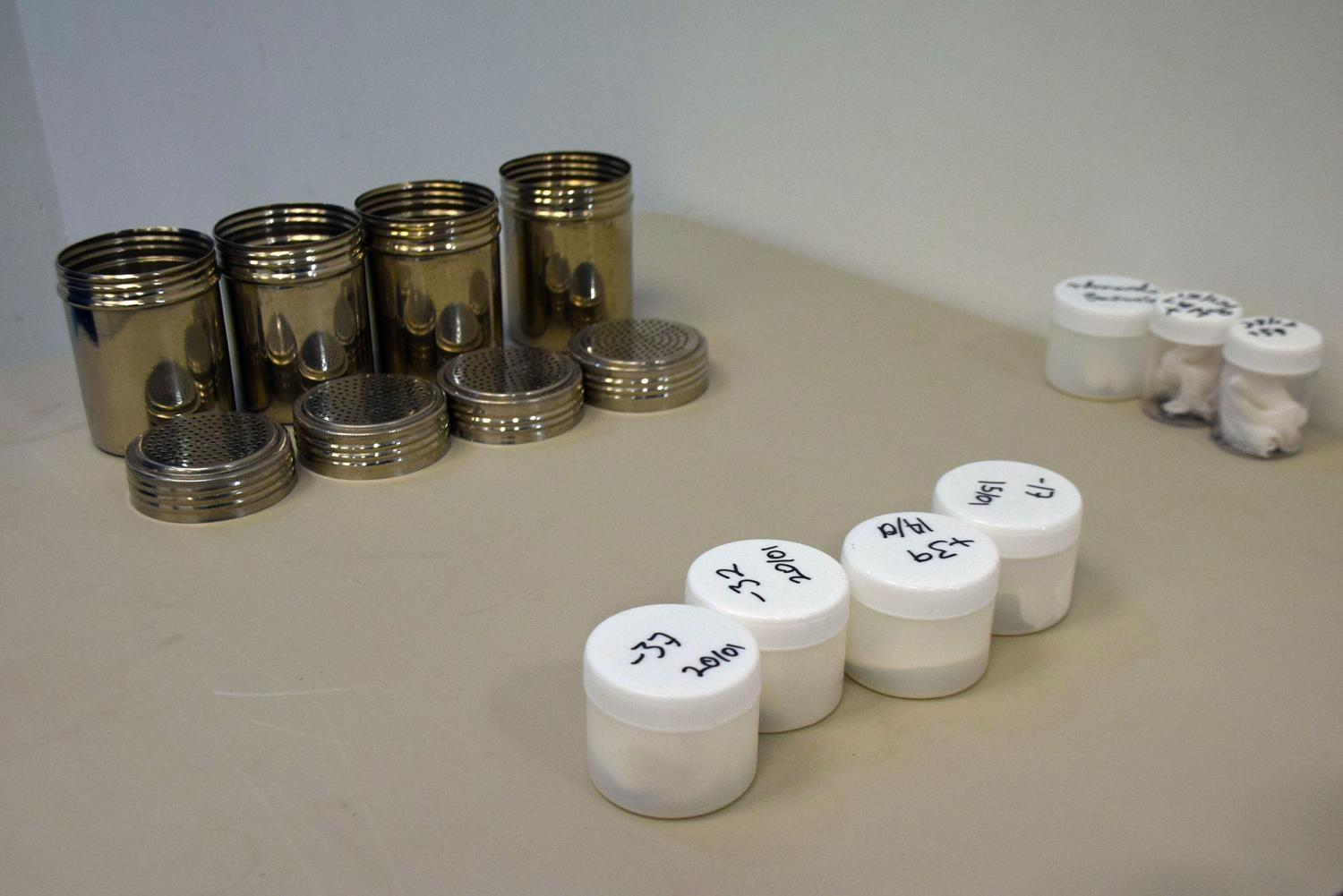 Canisters and gauze