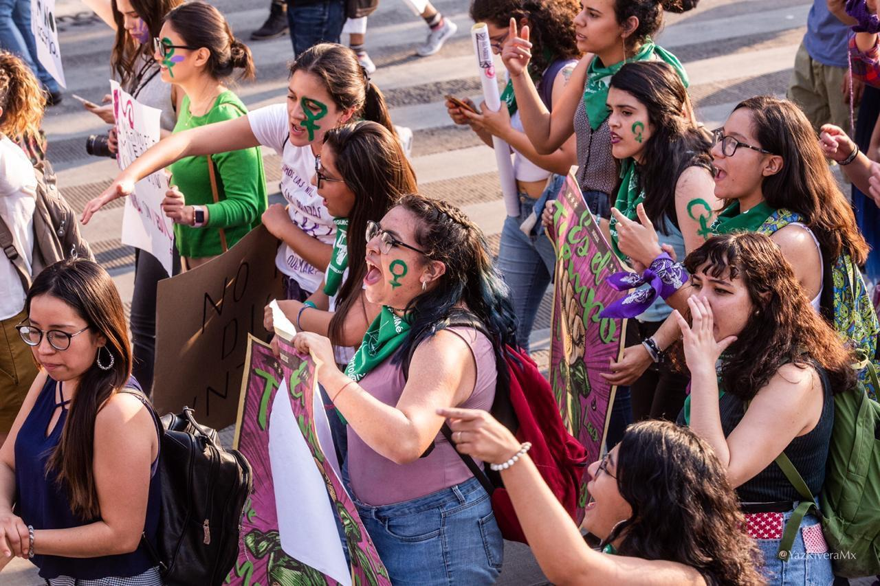 Thousands protested in Mexico City to fight for women