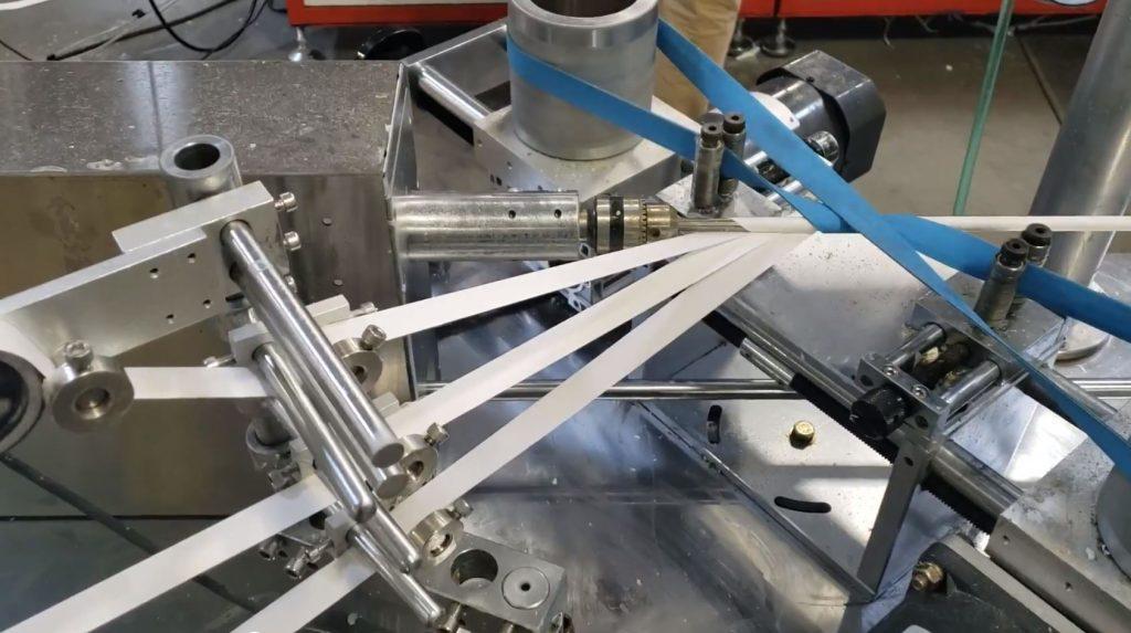 machine making straws