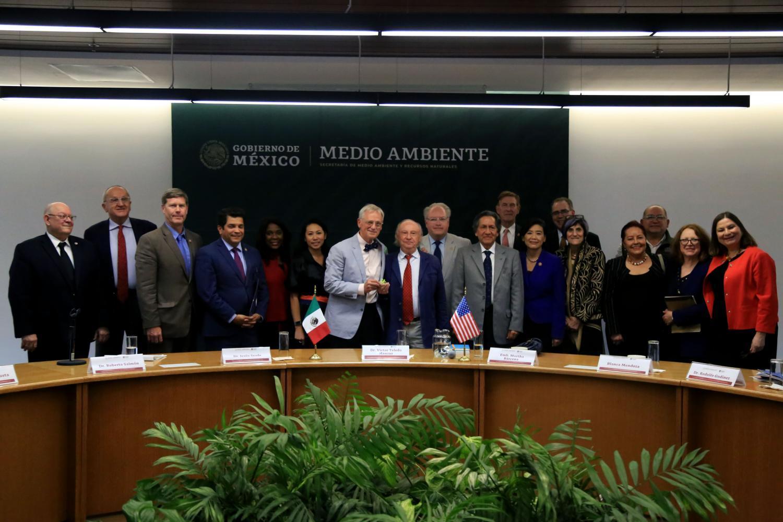 U.S. legislators and Mexican officials