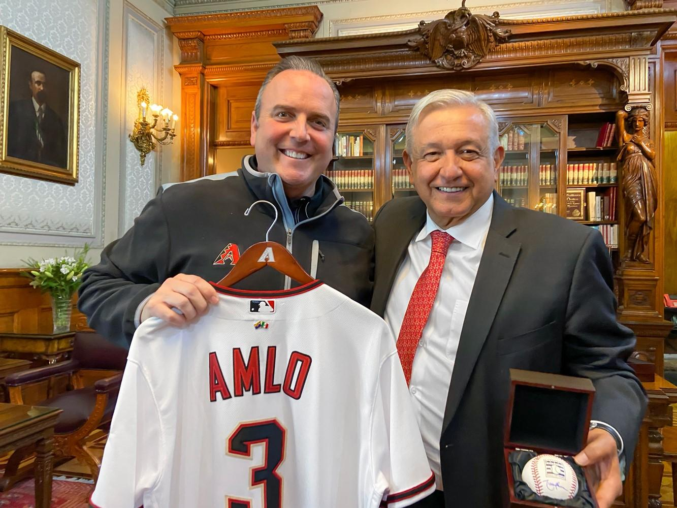 Derrick Hall, president and CEO of the Diamondbacks, with Mexican president Andrés Manuel López Obrador