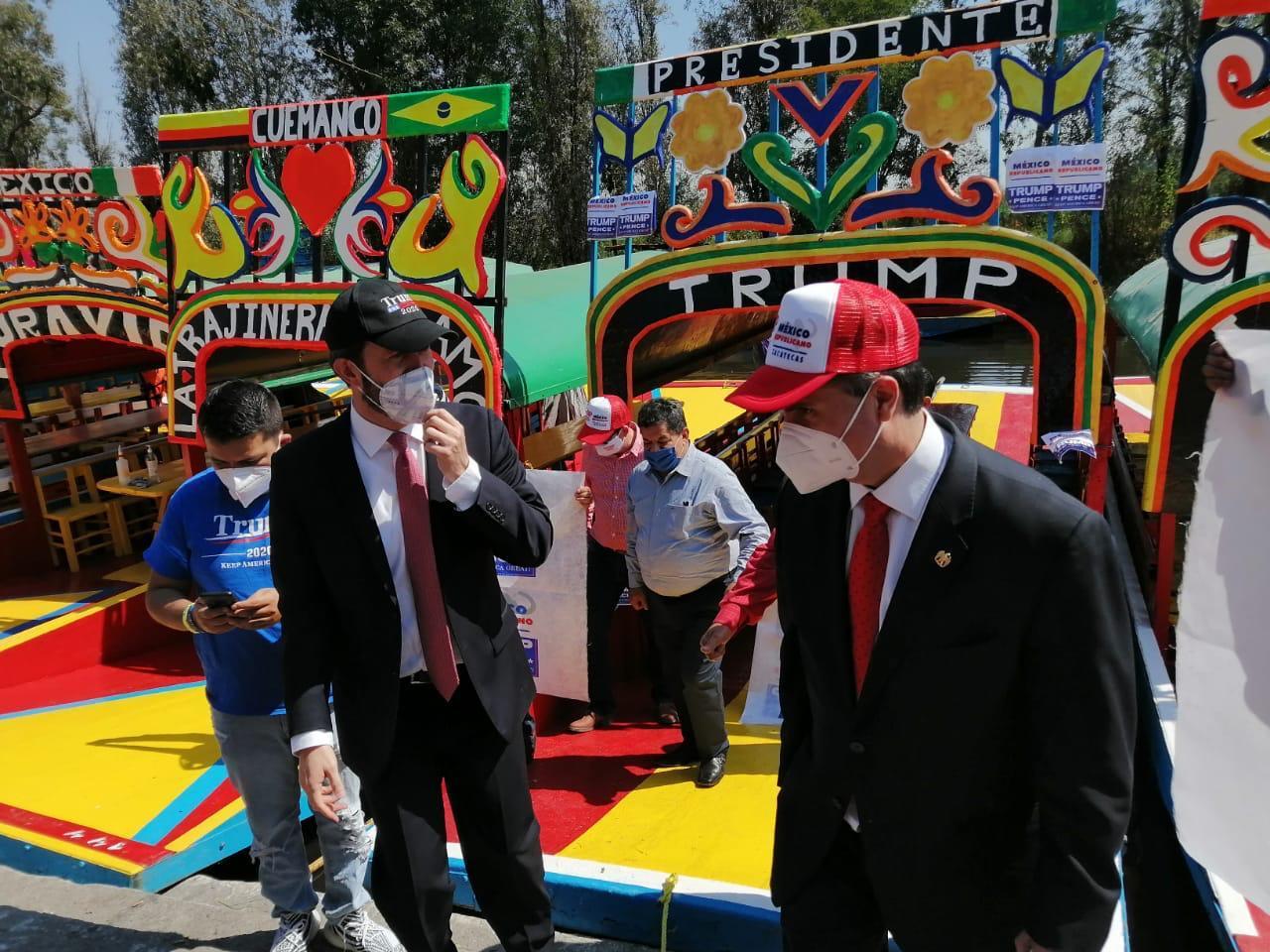 Republicans in Xochimilco