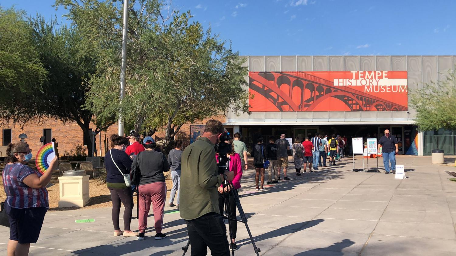 Voters line up at the Tempe History Museum