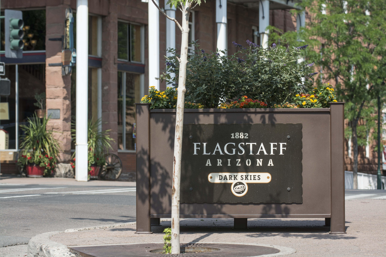 Flagstaff sign