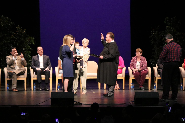 Kate Gallego being sworn in