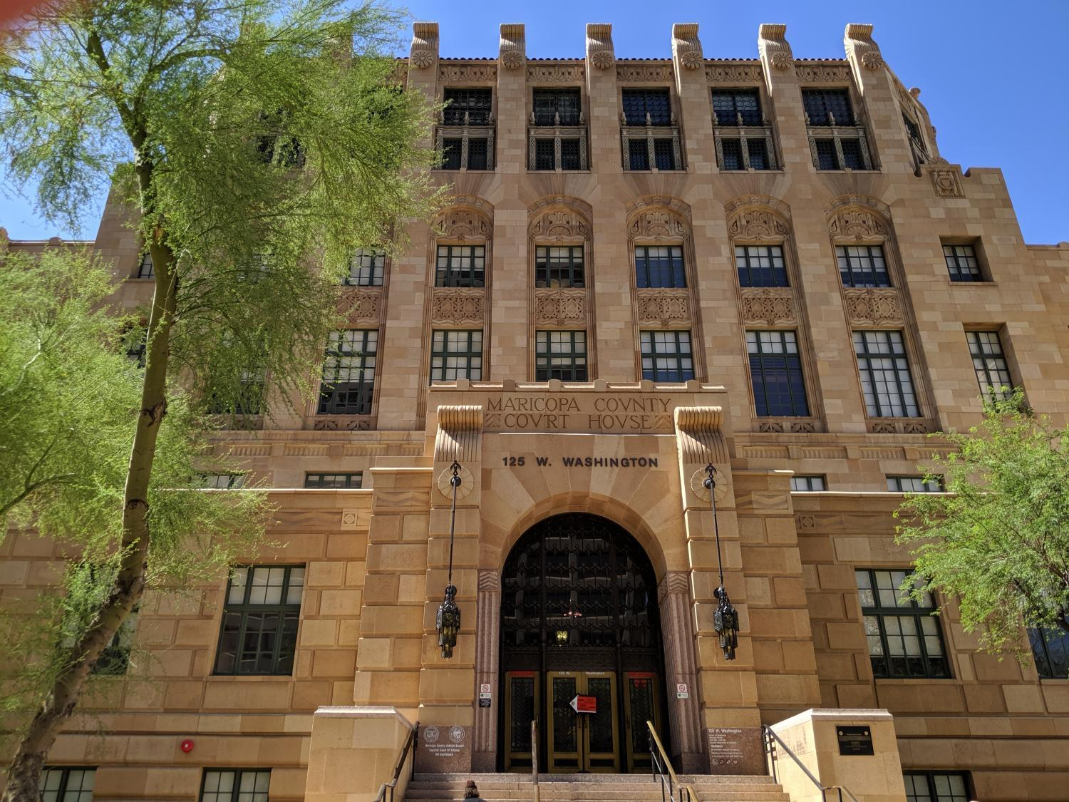 Maricopa County Courts Downtown Open Following APS Outage | KJZZ