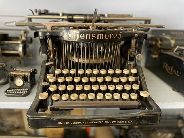 Mesa Typewriter Exchange Densmore No. 5