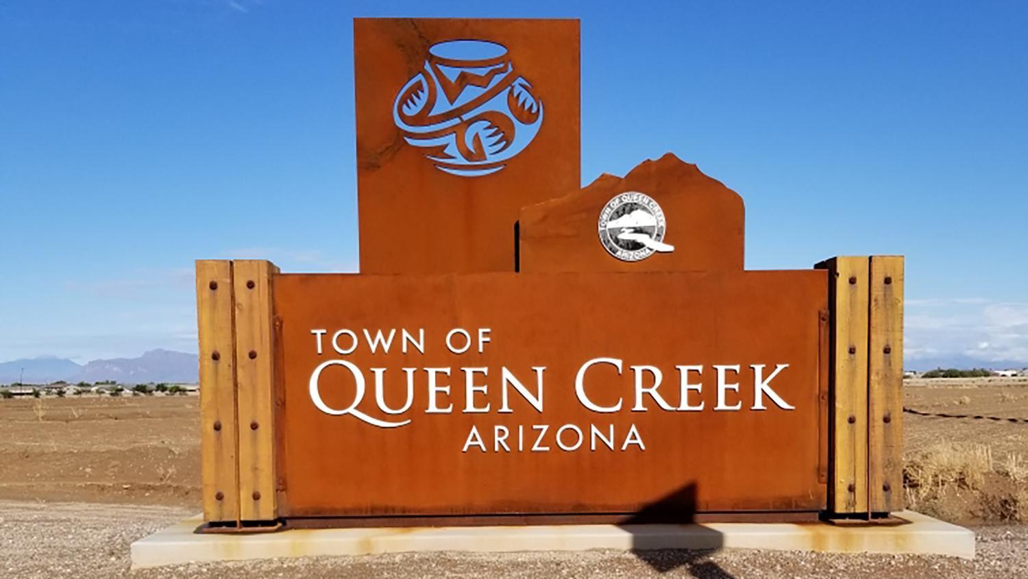 sign for the town of Queen Creek