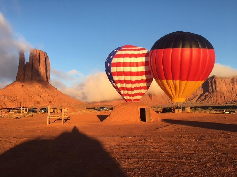 slackline between hot air balloons