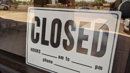 A closed sign on a north Phoenix business.