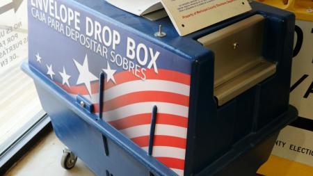Envelope dropbox