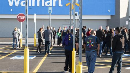 El Paso Walmart employees return to work after shooting