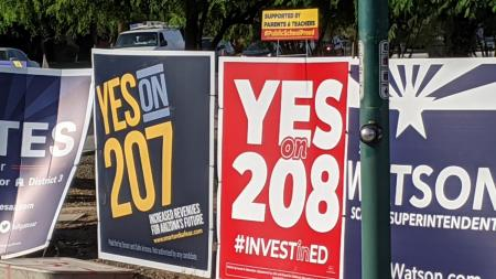 Signs in favor of Proposition 207 and Proposition 208