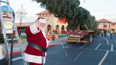 Santa Claus Arizona tallest Christmas tree Anthem outlets