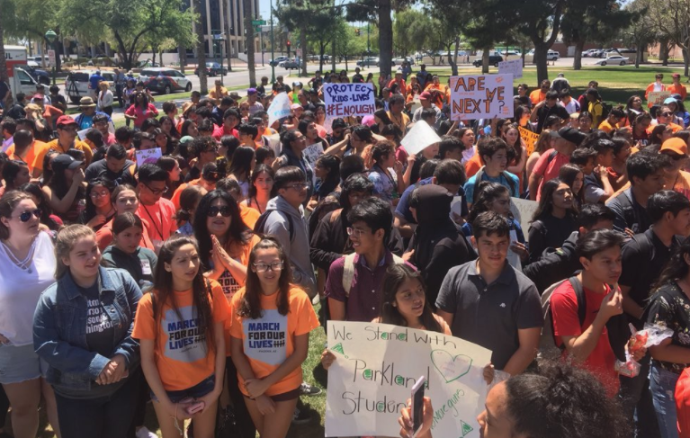 students gather at capitol